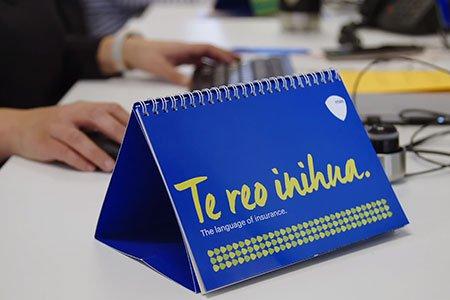 Te-reo-inihua-on-display-on-staff-desk