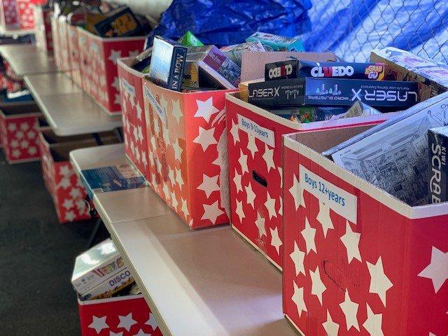 gift boxes boys
